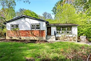 Photo of 21 Wilshire Drive Spring Valley, NY 10977