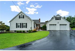 Photo of 4194 Summerville Way Chester, NY 10918