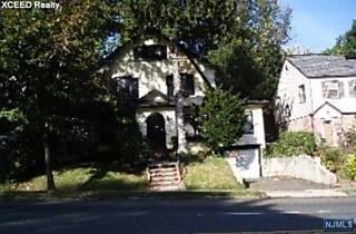 Photo of 85 Degraw Avenue Teaneck, NJ