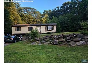 Photo of 75 Larchmont Drive West Milford, NJ
