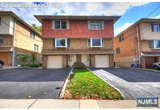 Photo of 556 Hillside Street Ridgefield, NJ