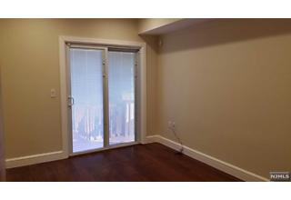 Photo of 11 East Harwood Terrace Palisades Park, NJ