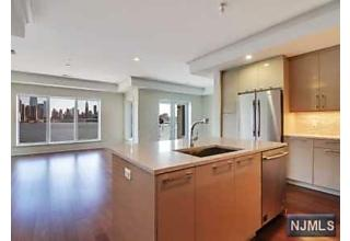 Photo of 150 Henley Place Weehawken, NJ