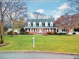 Photo of 979 Lily Pond Lane Franklin Lakes, NJ