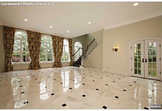 Photo of 682 Butternut Drive Franklin Lakes, NJ