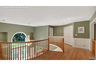 Photo of 28 Moeser Place Old Tappan, NJ