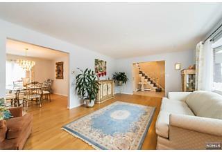 Photo of 24 Trella Terrace Clifton, NJ