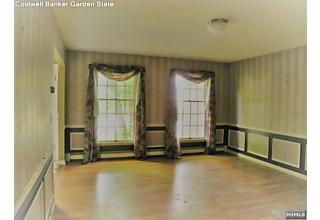 Photo of 22 Stonewall Court Woodcliff Lake, NJ