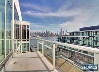 Photo of 1000 Ave At Port Imperial Weehawken, NJ