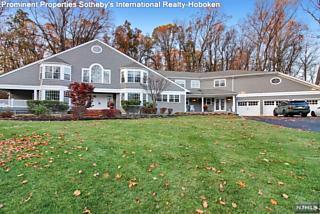 Photo of 18 South Old Wood Lane Randolph Township, NJ