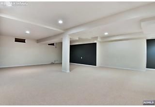 Photo of 37 Independence Trail Totowa, NJ