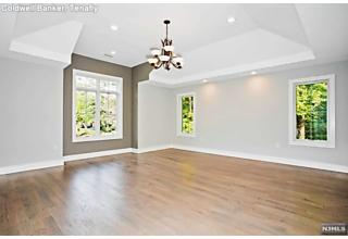 Photo of 70 Lawrence Parkway Tenafly, NJ