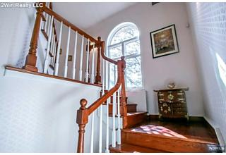 Photo of 1 Parker Place Old Tappan, NJ
