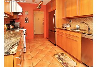 Photo of 2200 North Central Road Fort Lee, NJ