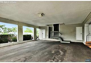 Photo of 743 Mainsail Lane Secaucus, NJ
