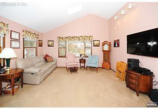 Photo of 371 William Street Ridgewood, NJ