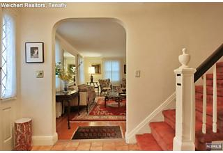 Photo of 1234 Sussex Road Teaneck, NJ