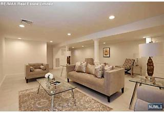 Photo of 188 Geranium Court Paramus, NJ