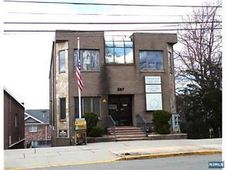 Photo of 587 Bergen Boulevard Ridgefield, NJ
