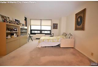 Photo of 800 Palisade Avenue Fort Lee, NJ