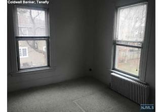 Photo of 318 Tenafly Road Tenafly, NJ
