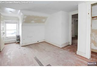 Photo of 378 Halsted Street East Orange, NJ