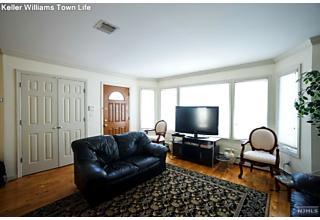 Photo of 75-1 Myrtle Avenue Edgewater, NJ