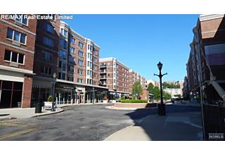 Photo of 5301 City Place Edgewater, NJ