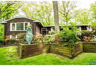 Photo of 67 Ridge Road Tenafly, NJ