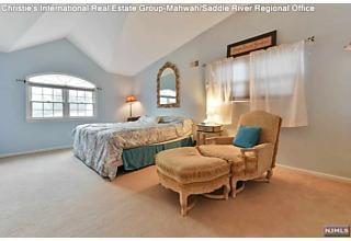 Photo of 17 Cathy Lane Waldwick, NJ