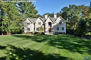 Photo of 416 West Saddle River Road Upper Saddle River, NJ
