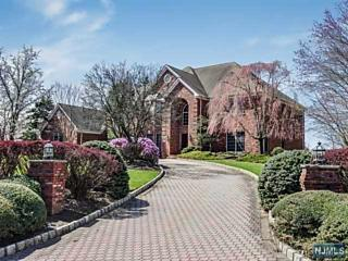 Photo of 4 Meadow Court Montville Township, NJ