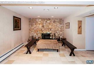 Photo of 46 Overlook Road Alpine, NJ
