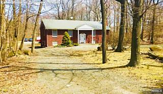 Photo of 1015 Closter Dock Road Alpine, NJ