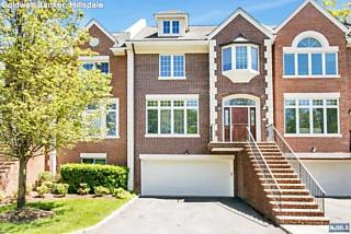 Photo of 34 Candlewood Drive Old Tappan, NJ