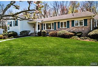 Photo of 46 Summit Road Verona, NJ