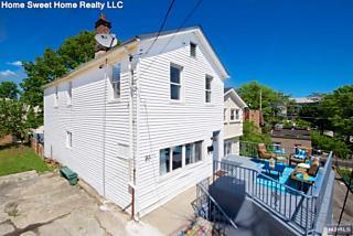 Photo of 183 Cottage Lane Cliffside Park, NJ