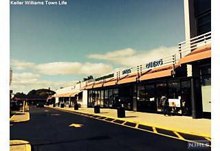 Photo of 2345 Linwood Avenue Fort Lee, NJ