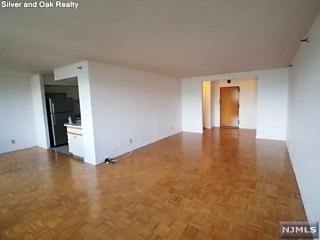 Photo of 1265 15th Street Fort Lee, NJ