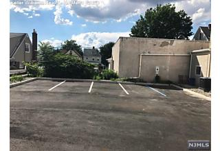 Photo of 324 Paterson Avenue East Rutherford, NJ