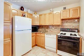 Photo of 2100 Linwood Avenue Fort Lee, NJ