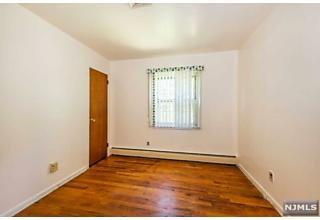 Photo of 66 Lockwood Place Clifton, NJ