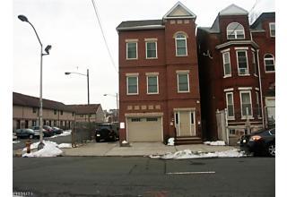 Photo of 81-83 Broad St Newark, NJ 07102