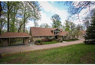 Photo of 9 Glenbrook Dr Mendham, NJ 07945