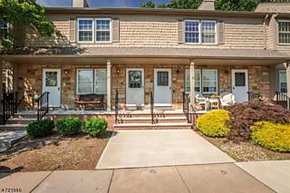 Photo of 53 Adams Ct Raritan Township, NJ 08822