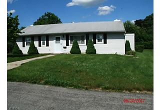 Photo of 429 Pershing Ave Pohatcong Township, NJ 08865
