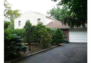Photo of 165 Rock Rd W Green Brook, NJ 08812