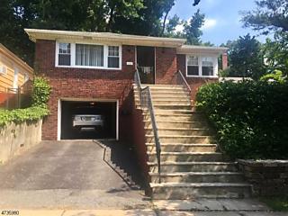 Photo of 668 Lincoln Ave Orange, NJ 07050