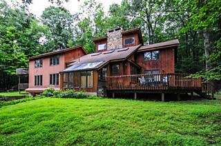 Photo of 907 Ravine Rd Lebanon Twp, NJ 07830