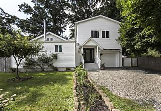 Photo of 31 Parker Rd Washington Township, NJ 07853